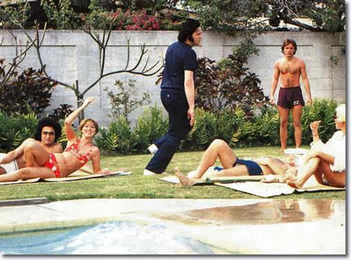 Elvis in Hawaii 1977.