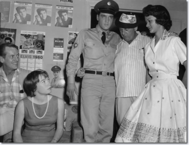Elvis Presley and Colonel Parker : On the set of G.I. Blues.