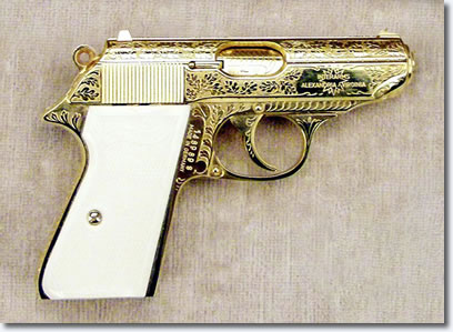 Jack Lords Walther PPK semi-auto pistol, .380 caliber. View Larger Image.