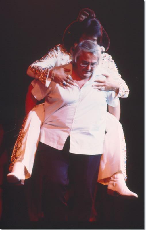 Elvis Presley and Lamar Fike : September 3, 1973