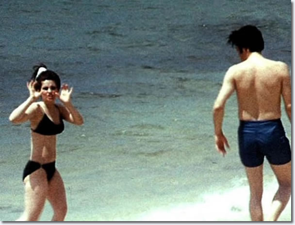 Priscilla and Elvis Presley on holiday, Hawaii