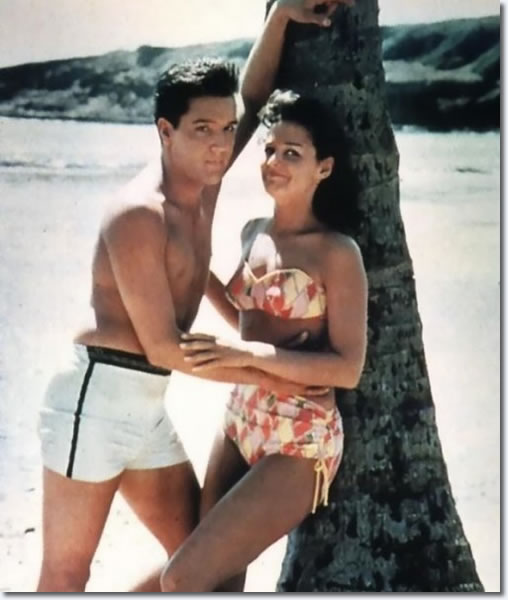 Elvis Presley and Joan Blackman : Blue Hawaii