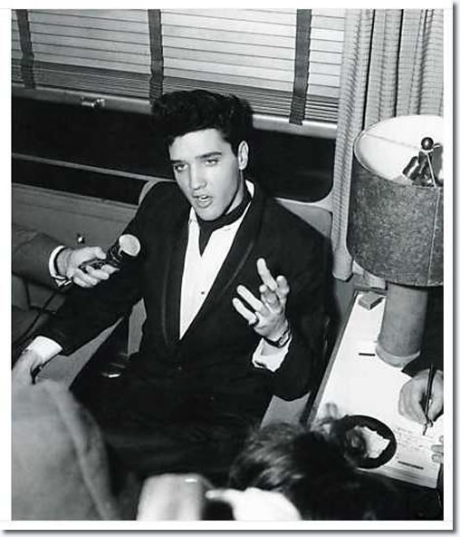 Elvis Presley (And Charlie Hodge) : On the train to California : April 20, 1960.