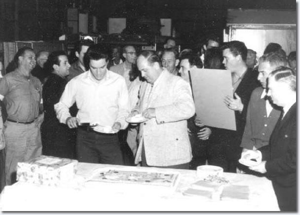 Joe Esposito, Elvis Presley, Colonel Parker, Alan Fortas, Sonny West.