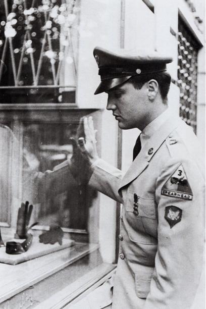 Elvis Presley In Paris, France | June 17, 1959